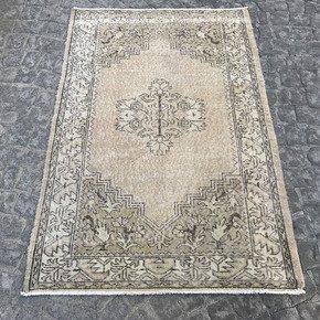 Beige-Overdyed-Handmade-Rug-Vintage-Turkish-Oushak-Rug-687_Istanbul-Carpet_Treniq_0