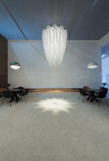 Burj crystal chandelier manooi treniq 1 1494582986449