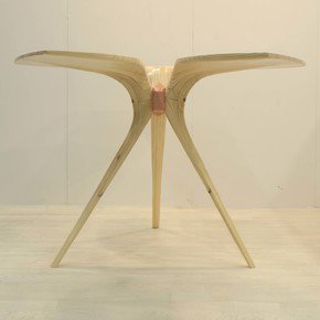 Clover-Table_Factoria_Treniq_5