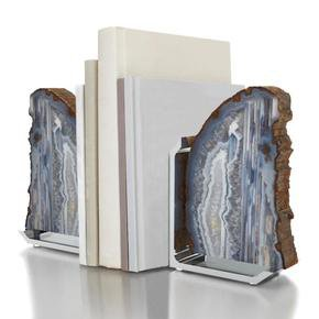Fim-Bookends_Tigress-Luxury-Interiors-_Treniq_0