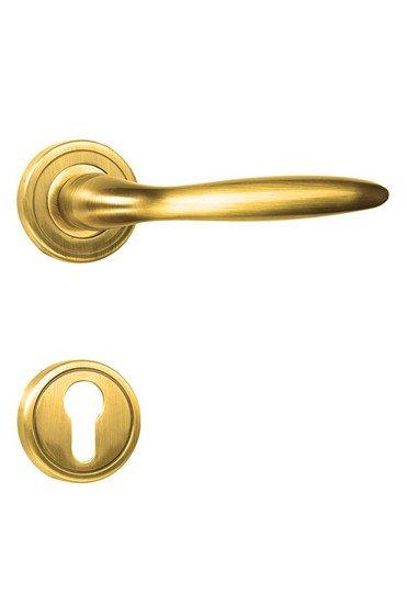 Bern%e2%80%90r golden locks treniq 1 1495540979172