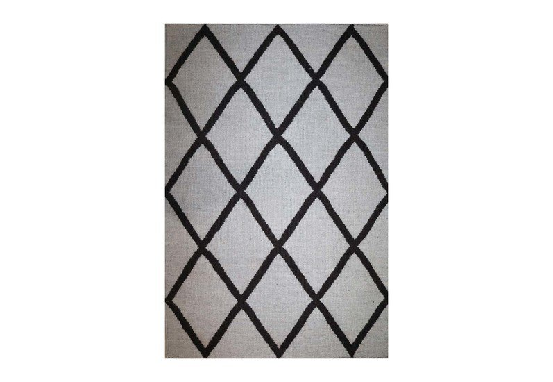 Outdoor diamond meem rugs treniq 1 1497770770803