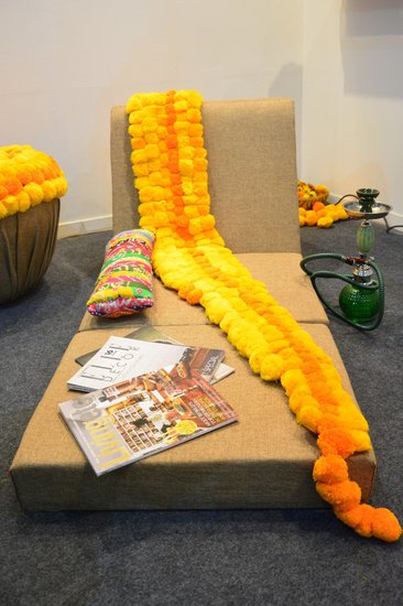 Phulwari lounge chair design clinic  treniq 1 1497934172144