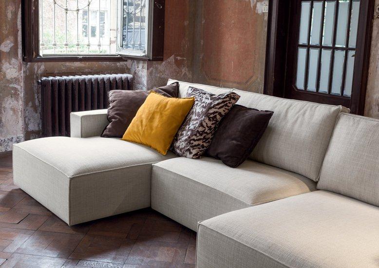 Genius gold sofa contemporary by flexteam treniq for Idee divani