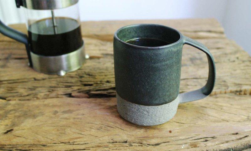 Mug black eunmi kim pottery treniq 1 1499877494388