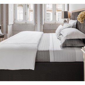 Plaza-Egyptian-Cotton-Percale-400-Thread-Bed-Linen_Kings-Of-Cotton_Treniq_0