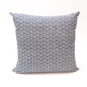 Lattice-Lines-Pattern-Cushion-(L)_Bluehanded-Ltd_Treniq_0