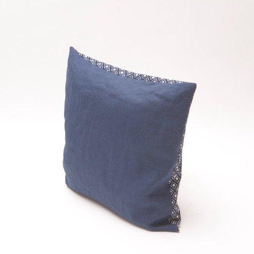 Check pattern indigo cushion bluehanded ltd treniq 1 1504737315431
