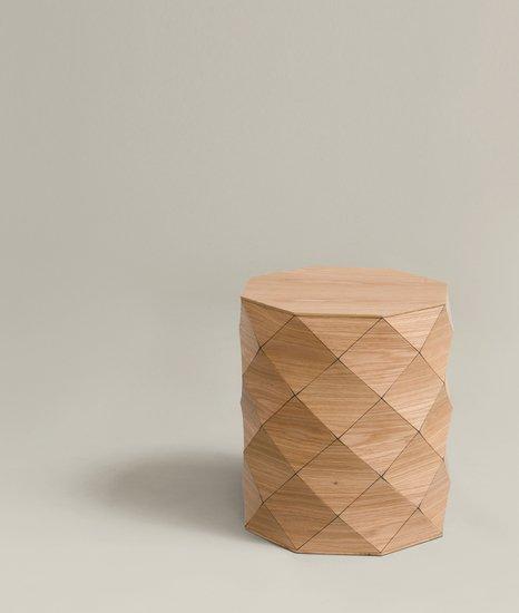 Small side table   oak tesler   mendelovitch treniq 4 1506584085505