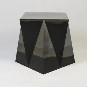 Jaws-Side-Table_Aurum_Treniq_0