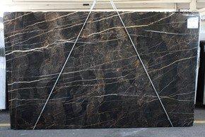 Black-&-Gold-_Marble-&-Granite-Service-Srl_Treniq_0