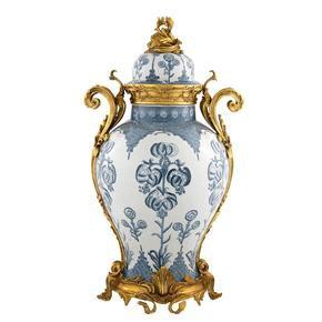 Blue-And-White-Vase-|-Eichholtz-Armand_Eichholtz-By-Oroa_Treniq_0