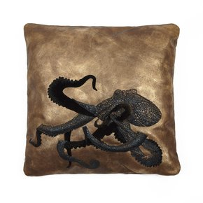 Giant-Octopus-Cushion_Icastica-Studio_Treniq_0
