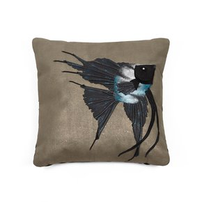 Marble-Angelfish-Cushion_Icastica-Studio_Treniq_0