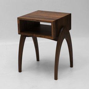 Retrospect-Side-Table_Alan-Flannery_Treniq_0