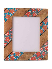 Hand-Painted-Bright-Floral-Photoframe_Auraz-Design_Treniq_1