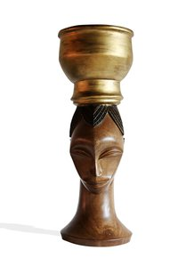 Femme-Gouro-Table-Base_Avana-Africa_Treniq_0