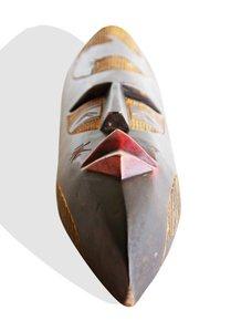 Ghanian-Ling-Mask_Avana-Africa_Treniq_0