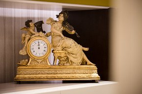 Clock-Figurine_House-Of-Treasures_Treniq_0