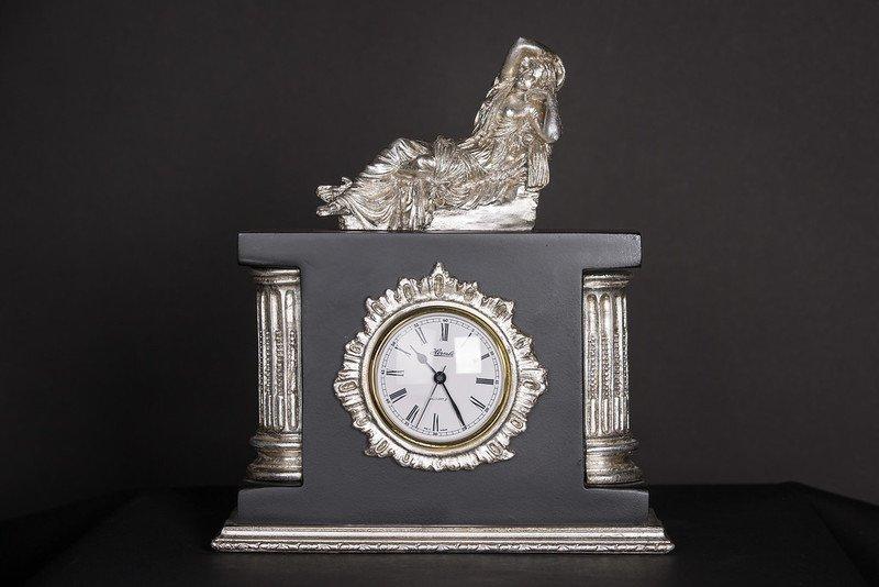 Clock figurine house of treasures treniq 1 1510588256365