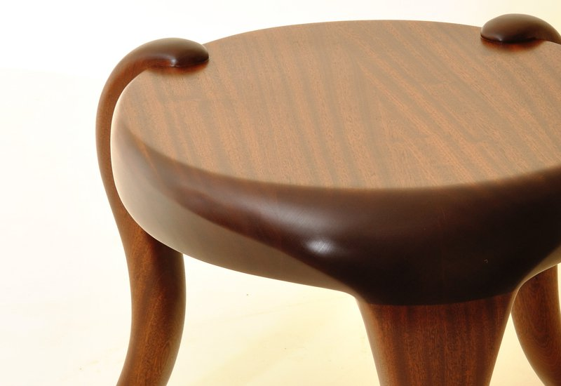 Elephant side table kung mana tongmee 3