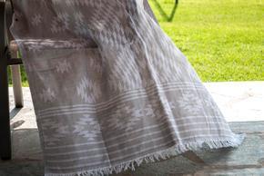 Boho-Towel_Arm-Knitting-By-Vs_Treniq_0