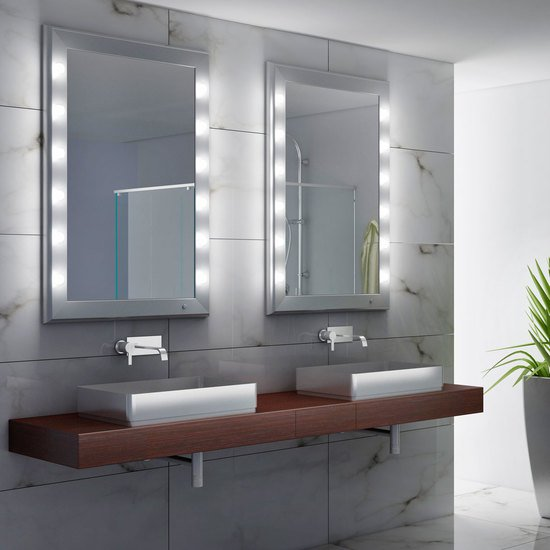 Specchio illuminato sp 301 ch chiara ferrari treniq 1 1513001476712