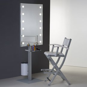 Stand-Alone-Lighted-Mirror_Cantoni_Treniq_0