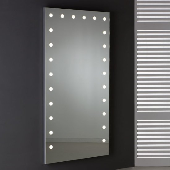 Mde 516 lighted mirror chiara ferrari treniq 1 1513072578722