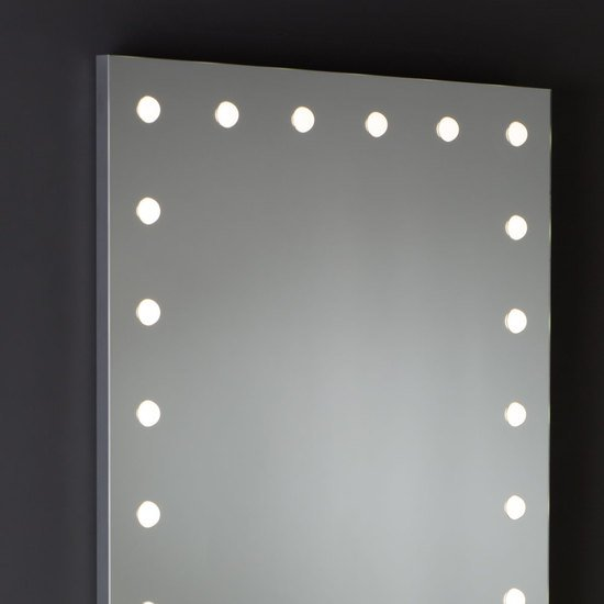 Mde 516 lighted mirror chiara ferrari treniq 1 1513072578723