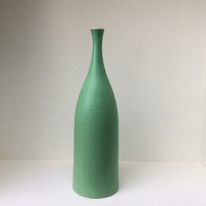 Mint-Green-Bottle-Vase_Lucy-Burley-Ceramics_Treniq_0
