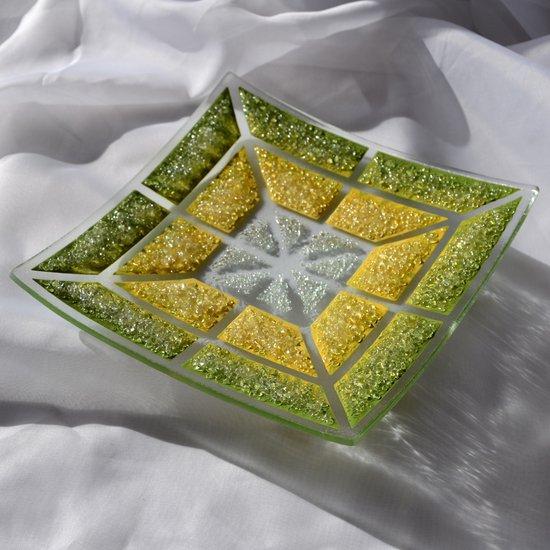 Bowl green yellow 20x20 shallow arteglass treniq 6 1516293877074