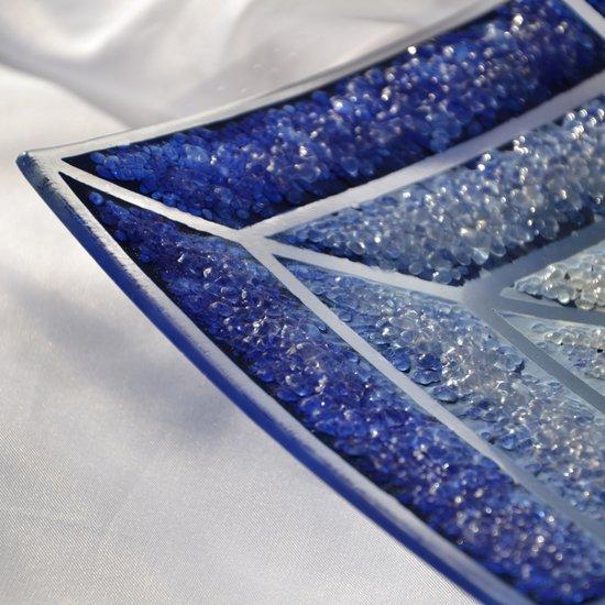 Bowl blue white 30x30 shallow arteglass treniq 6 1516294096306