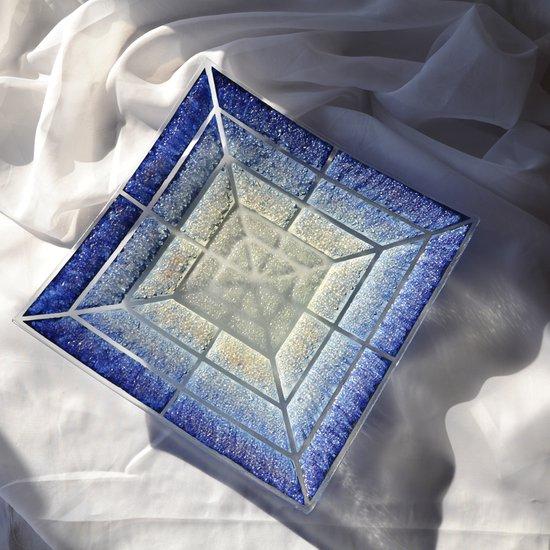 Bowl blue white 30x30 shallow arteglass treniq 6 1516294096289