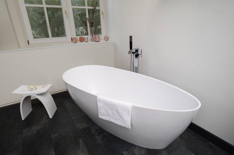 Modena piccolo freestanding stone cast bath b%c3%a4dermax treniq 1 1516371856529