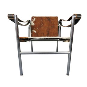 Midcentury-Le-Corbusier-For-Cassina-Italian-Cow-Hide-Chair_Danielle-Underwood_Treniq_0