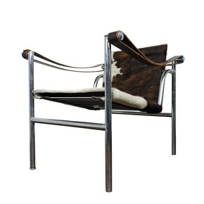 Mid-Century-Le-Corbusier-For-Cassina-Italian-Cow-Hide-Chair_Danielle-Underwood_Treniq_0