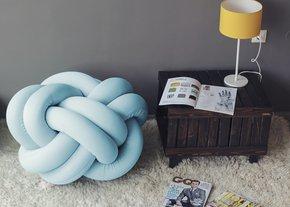 Knot-Pouf-Flexy-Baby-Blue_Studio-Zappriani_Treniq_0