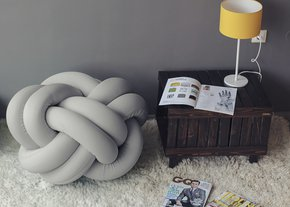 Knot-Pouf-Flexy-Light-Grey_Studio-Zappriani_Treniq_0