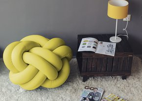 Knot-Pouf-Flexy-Sunny-Yellow_Studio-Zappriani_Treniq_0