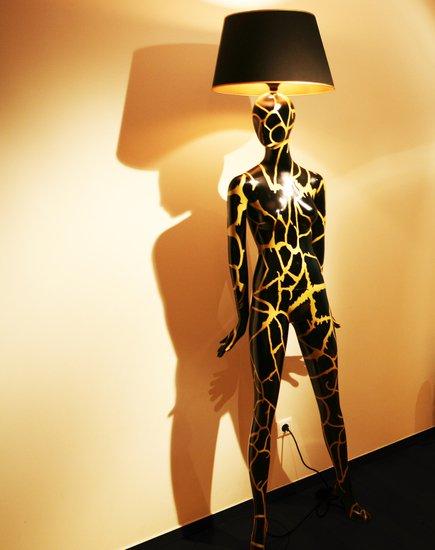 Gold vein magestic body lamps treniq 1 1518641931459