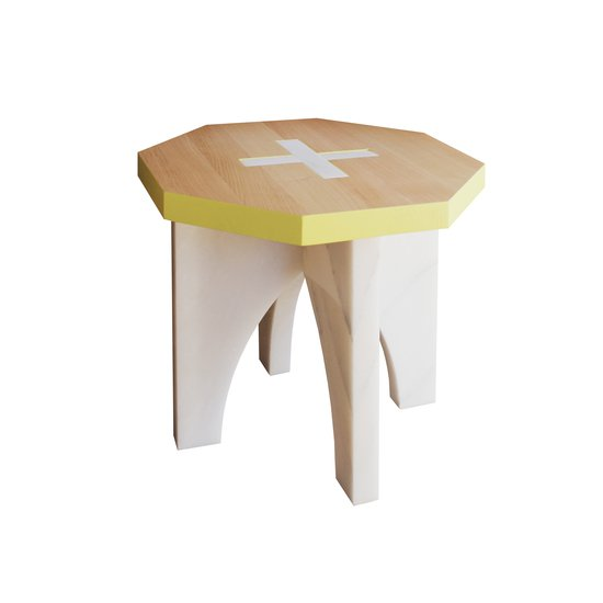 Marah coffee table woodentop emnastudio