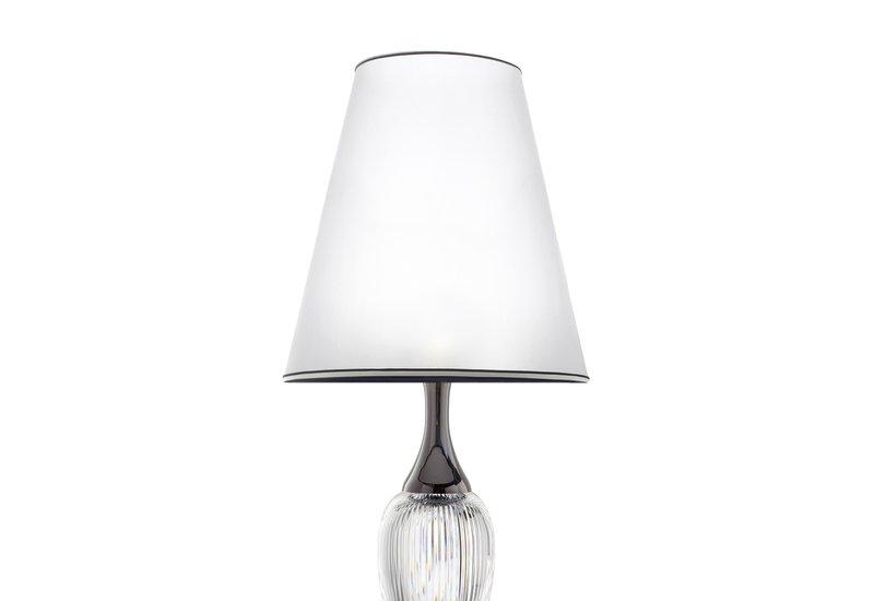 Queen table lamp il paralume marina treniq 2