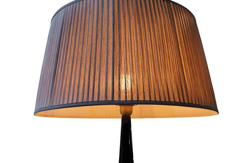 Table lamp fiberglass bronze onix 2 352 1600 1200 100