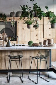Black-Bar-Stool-Scandi-Style-Metal-Mesh-Bar-Stool_Cielshop_Treniq_0