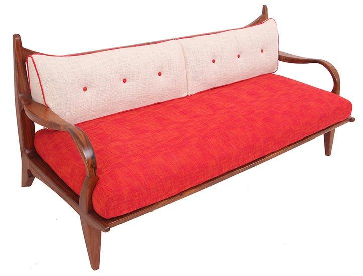 Araal sofa i alankaram treniq 1 1523964698575