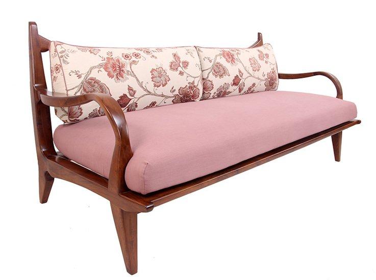 Araal sofa i alankaram treniq 1 1523964911417