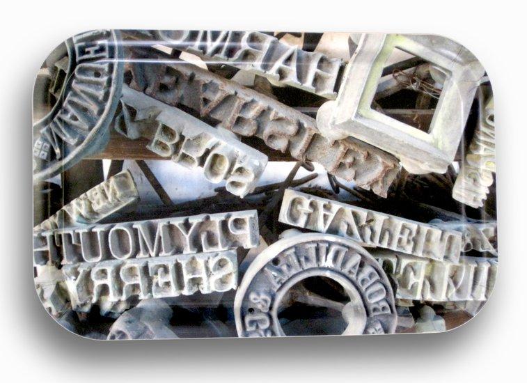 Rustic stencil tray bendixen mikael treniq 1 1523970829696