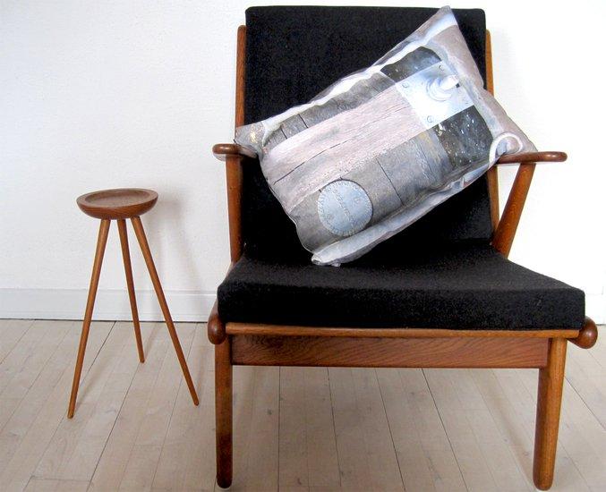 Rustic patent plate cushion bendixen mikael treniq 1 1523971324968