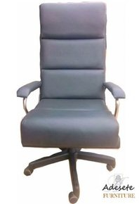 Black-Office-Swivel-Chair_Adesete-Furniture_Treniq_0